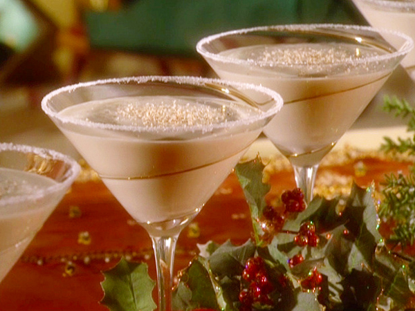 Holiday Cocktails White Christmas What 39 S Cooking